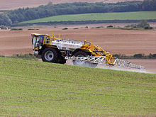 220px-Lite-Trac_Crop_Sprayer